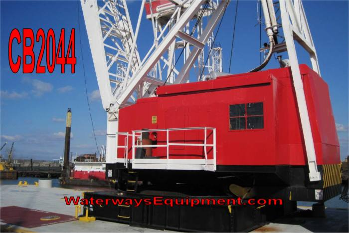 CB2044 - CLYDE MODEL 20 FLOATING CRANE