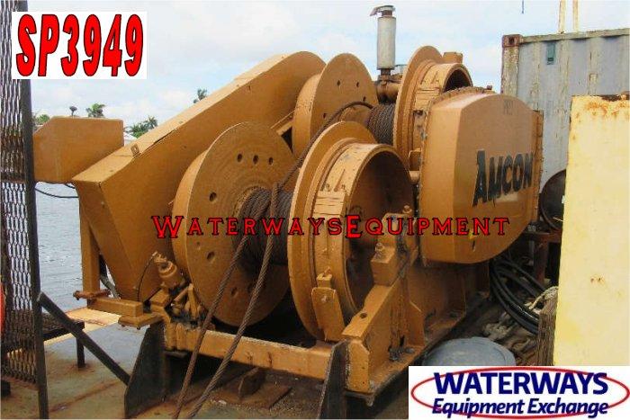 SP3949 – 140′ x 64′ x 7′ SPUD BARGE