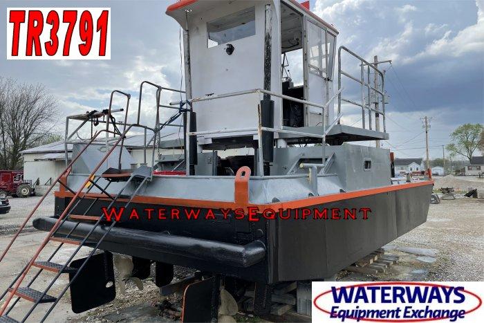 TR3791 - 400 HP TRUCKABLE BOAT